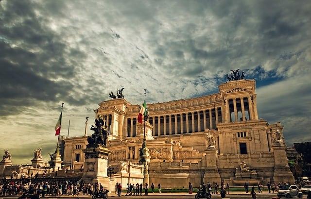 Monumento a Vittorio Emanuele, Altare della Patria